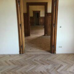 podlaha dřevěná Vlašský dvůr
